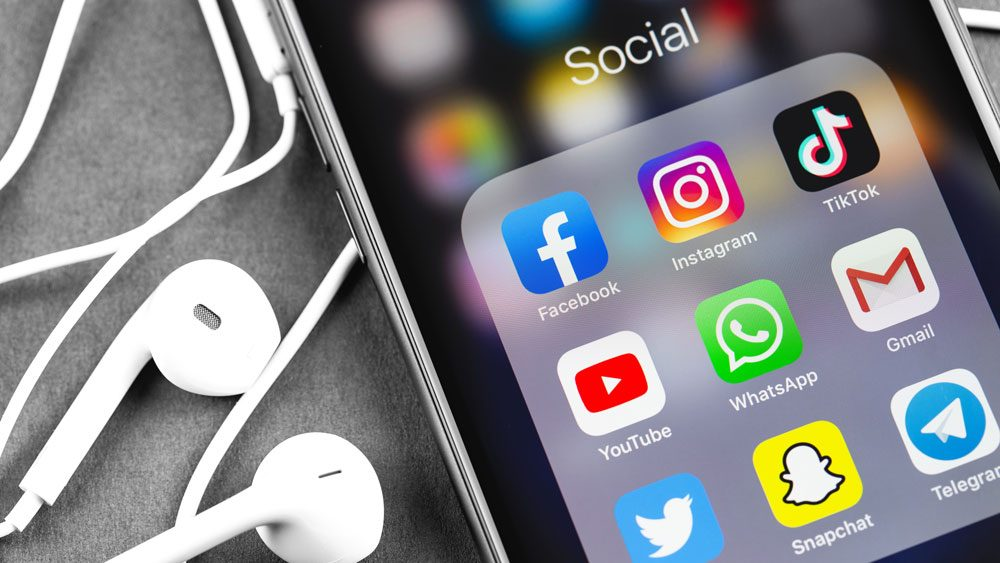 Hacks To Save Time With Social Media Marketing